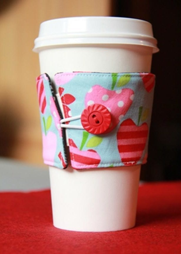 Cheap Crafts - DIY Reversible Coffee Cup Sleeve Tutorial - How to Make a Coffee Cup Sleeve - Inexpensive Craft Project Ideas for Teenagers, Teens and Adults - Easy DIY Ideas To Make On A Budget - Cool Dollar Store Crafts and Things You Can Make For Free - Homemade Wall Art and Room Decor, Gifts and Presents, Tutorials and Step by Step Instructions #teencrafts #cheapcrafts #diyideas
