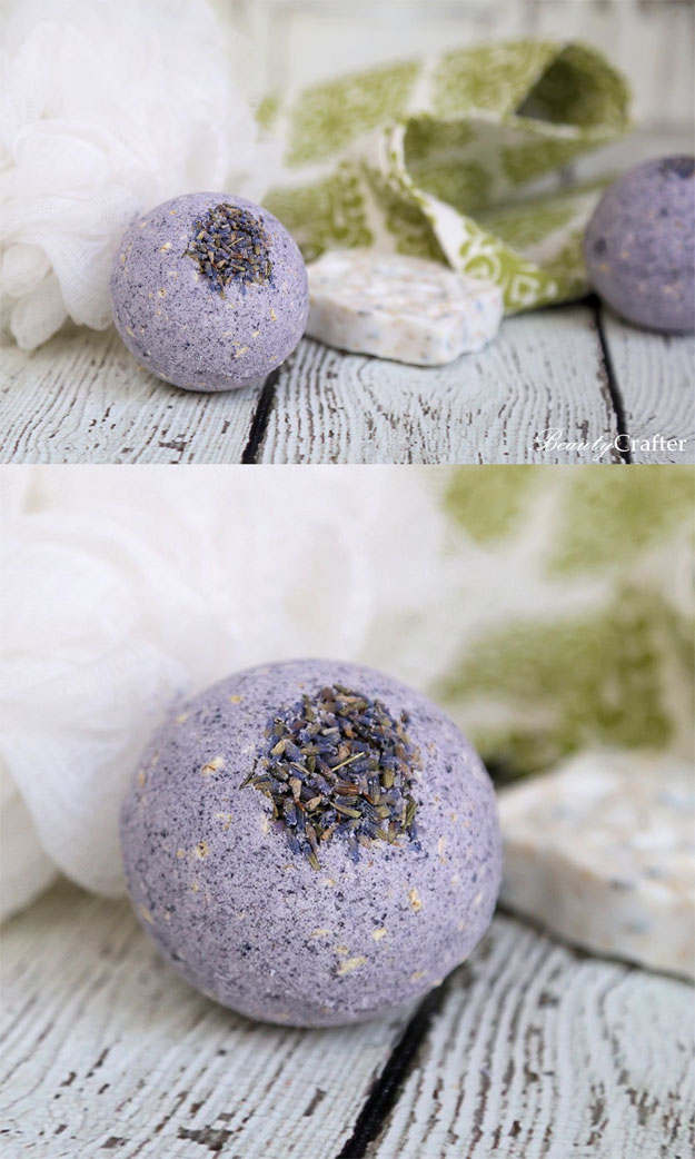 Bath Bombs DIY - How to Make Lavender Bath Bombs - Easy Bath Bomb Recipes - Cool DIY Christmas Gifts - Homemade Bath Bomb Recipe - DIY Lush Bath Bomb Copycats - DIY Bath Bomb with Essential Oils #diygifts #teengifts #giftsformom