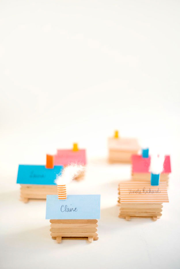Crafts To Make and Sell For Teens - DIY Log Cabin Place Cards Tutorial - Cute DIY Place Cards - Easy Craft Project Ideas To Make for Selling On Etsy and Online - Cool Ideas and DIY Ideas You Can Sell On Etsy - Fun and Cheap Do It Yourself Projects for Teenagers to Make Extra Money This Summer #teencrafts #craftstomakeandsell #diyideas