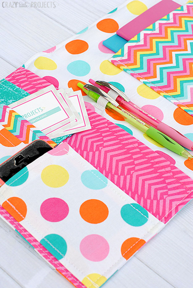 Crafts To Make and Sell For Teens - DIY Notebook Cover Tutorial - How to Make a Notebook Cover - Cute DIY Notebook Cover - Easy Craft Project Ideas To Make for Selling On Etsy and Online - Cool Ideas and DIY Ideas You Can Sell On Etsy - Fun and Cheap Do It Yourself Projects for Teenagers to Make Extra Money This Summer #teencrafts #craftstomakeandsell #diyideas