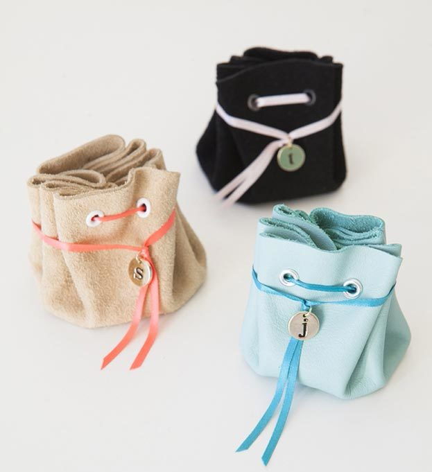DIY Leather Crafts - DIY Leather Jewelry Pouch - Crossbody Bag, Wallet, Earrings and Jewelry Making, Projects from Scrap and Faux Leathers - Tutorials for Beginners and for Kids - Western Wear and Fashion, tips for Tools and Free Patterns - Cheap Clothing for Teens to Make - #teencrafts #leathercrafts #diyideas