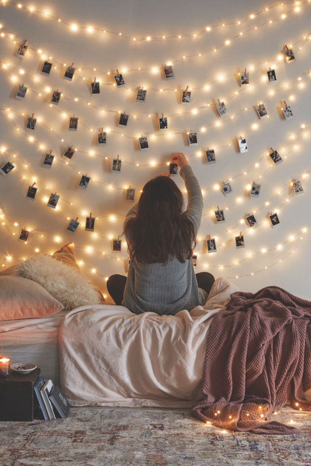 DIY Ideas With String Lights - How to Make a String Light Wall - DIY String Light Photo Wall Tutorial - Fun String Light Ideas - Easy, Fun, Cool Decor To Make With String Lights - Cheap Room Decor Ideas for Teens, Fun Apartment Lighting Projects and Creative Ways to Decorate Your Bedroom - How To Decorate Teens and Teenagers Bedrooms #teencrafts #diyideas #stringlights