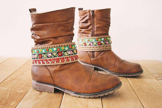 DIY Boho Fashion Ideas - DIY Boho Boot Jewelry Tutorial - How to Make Boot Jewelry - How to Make Your Own Boho Clothes, Sandals, Bag, Jewelry At Home - Boho Fashion Style - Cute and Easy DIY Boho Clothing, Clothes, Fashion - Homemade Bohemian Clothing #teencrafts #diyideas #diybohofashion #diybohoclothes