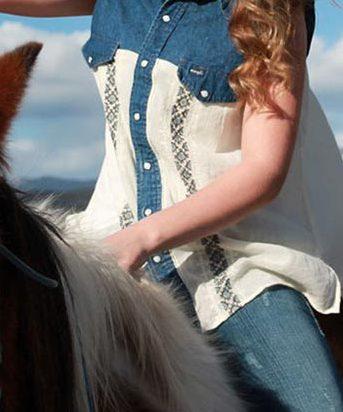 DIY Boho Fashion Ideas - DIY Boho Chic Cowgirl Shirt Tutorial - How to Make Your Own Boho Clothes, Sandals, Bag, Jewelry At Home - Boho Fashion Style - Cute and Easy DIY Boho Clothing, Clothes, Fashion - Homemade Bohemian Clothing #teencrafts #diyideas #diybohofashion #diybohoclothes