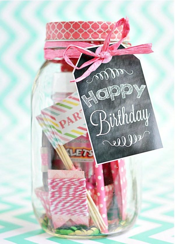 Cheap DIY Gifts to Make For Friends - DIY Birthday in A Jar - How to Make a Birthday In a Jar - BFF Gift Ideas for Birthday, Christmas - Last Minute Gifts for Friends - Cool Crafts For Teens and Girls #teencrafts #diyideas #giftideas