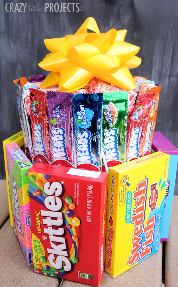 Cheap DIY Gifts to Make For Friends - DIY Candy Birthday Cake Tutorial - BFF Gift Ideas for Birthday, Christmas - Last Minute Gifts for Friends - Cool Crafts For Teens and Girls #teencrafts #diyideas #giftideas