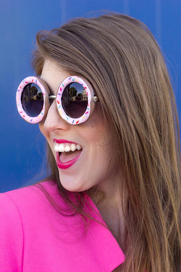 Cheap DIY Gifts to Make For Friends - DIY Donut Sunglasses - How to Make Donut Sunglasses - BFF Gift Ideas for Birthday, Christmas - Last Minute Gifts for Friends - Cool Crafts For Teens and Girls #teencrafts #diyideas #giftideas