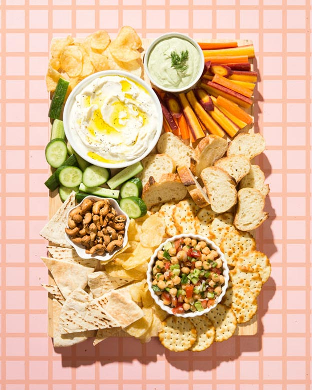 Easy Snacks and Recipes - How to Make An Appetizer Platter - DIY Appetizer Platter - Quick Recipe Ideas and Simple Food to Make In Minutes - Microwave, 3 Ingredients and No Bake Snack Tutorials - Healthy Ways for Snacking After School - Desserts, Sweet, Salty and Crunchy Ideas to Satisfy Your Cravings - Cheese, Vegetable, Mexican Food - Fun Ideas for Teens To Make At Home #teencrafts #diyideas #snackideas