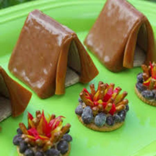 Cool and Easy Dessert Recipes For Teens to Make at Home - Tent and Campfire Treat Recipe - Fun Desserts to Make With Chocolate, Fruit, Whipped Cream, Low Sugar, and Banana - Cake, Cookies, Pie, Ice Cream Shakes and Pops Made With Healthy Ingredients and Food You Love - Quick Recipe Ideas for No Bake and 5 Minute Dessert At Home #teencrafts #easyrecipes #dessertideas