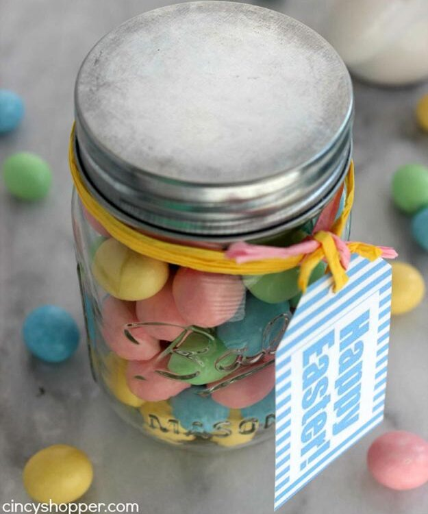 DIY Gifts for Teens and Adults - Easter Candy Gift Idea - Creative Gifts in a Jar - Mason Jar Gifts for Friends, Boyfriend, Bestfriend, Brother, Dad - DIY Gift Ideas - Handmade Gift Ideas - Step by Step Craft Tutorials