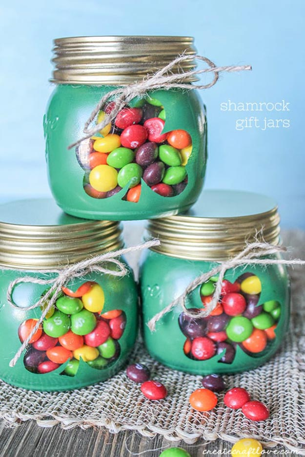 Gifts in A Jar Ideas, Recipes - DIY Shamrock Gift Jars - Inexpensive Gifts You Can Make For Friends and Neighbors - Gift Jars for Christmas, Teachers - Cute Gift Ideas in Mason Jars - What to Put in Jar as A Gift - Cheap and Easy Gifts