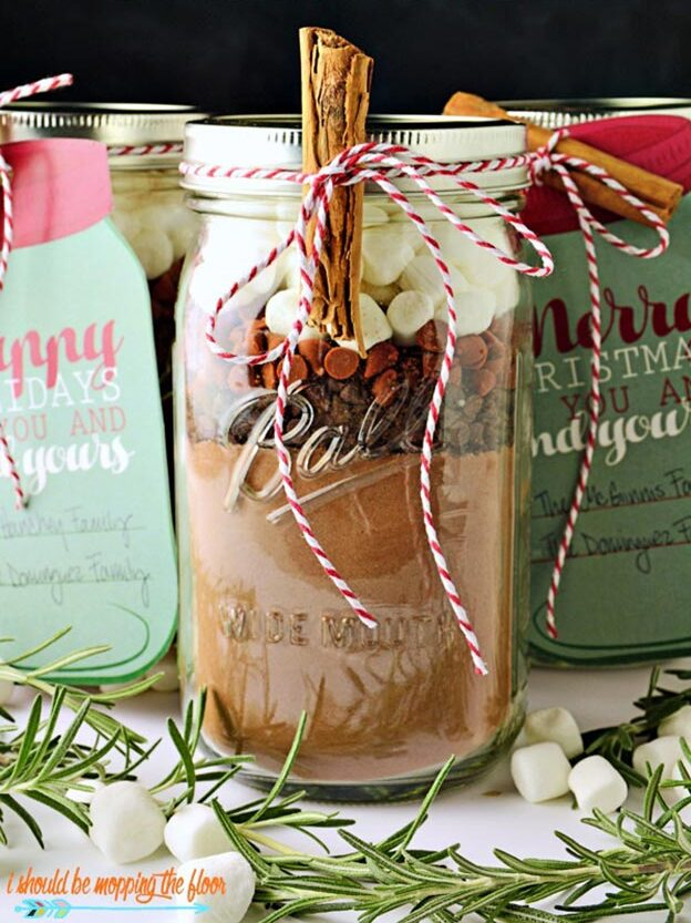 Gifts in A Jar Ideas, Recipes - Spicy Mexican Hot Cocoa Gift Jar - Inexpensive Gifts You Can Make For Friends and Neighbors - Gift Jars for Christmas, Teachers - Cute Gift Ideas in Mason Jars - What to Put in Jar as A Gift - Cheap and Easy Gifts