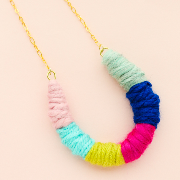 DIY Boho Fashion Ideas - DIY Yarn Wrapped Horseshoe Necklace Tutorial - How to Make a Boho Necklace - How to Make Your Own Boho Clothes, Sandals, Jewelry At Home - Boho Fashion Style - Cute DIY Boho Clothing, Clothes, Fashion - Homemade Bohemian Clothing #teencrafts #diyideas #diybohofashion #diybohoclothes