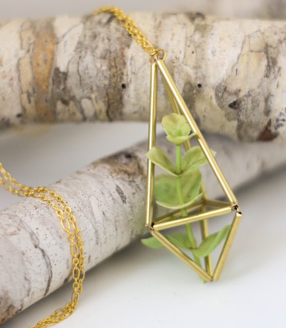 DIY Boho Fashion Ideas - DIY Brass Himmeli Succulent Necklace Tutorial - How to Make Your Own Boho Clothes, Sandals, Jewelry At Home - Boho Fashion Style - Cute DIY Boho Clothing, Clothes, Fashion - Homemade Bohemian Clothing #teencrafts #diyideas #diybohofashion #diybohoclothes