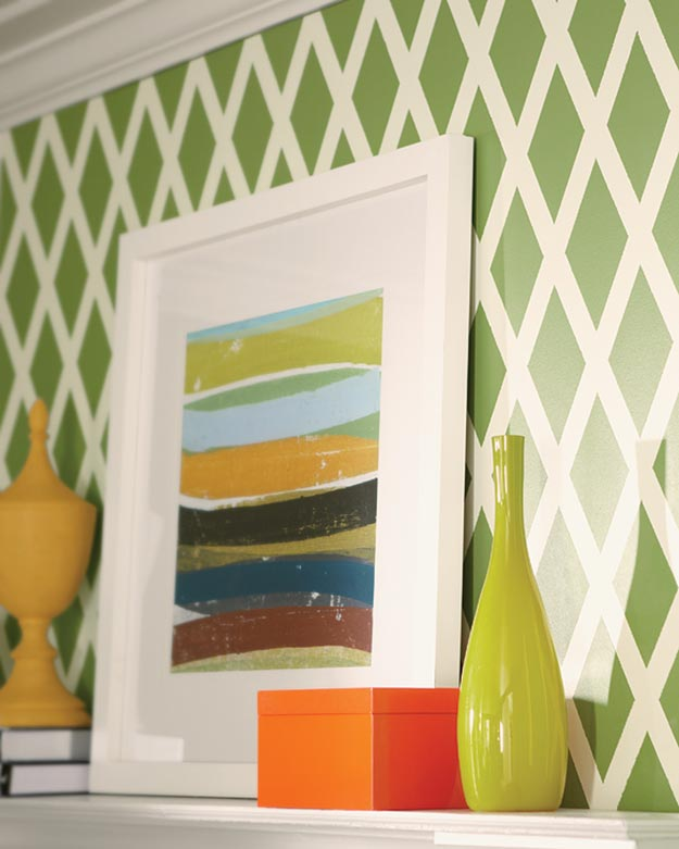 Painting Ideas for Room - DIY Lattice Wall Pattern Tutorial - How to Paint Wall Stripes - Easy Painting Ideas for Walls - Ways to Paint Walls - Wall Paint Inspiration - Teen Room Decor Ideas #teencrafts #paintwalls #diyideas