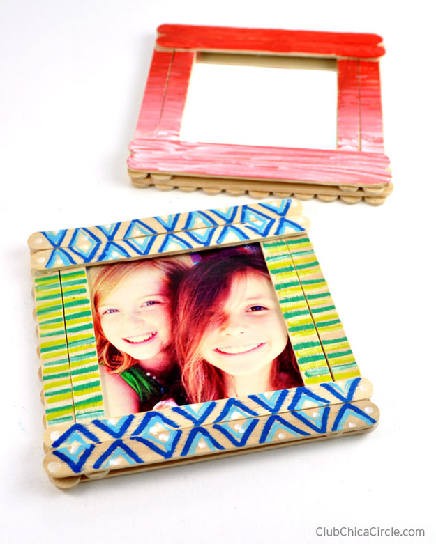 Popsicle Stick Crafts for Adults Step by Step - How to Make Popsicle Stick Photo Frames - DIY Popsicle Stick Photo Frame Tutorial - Popsicle Stick Crafts for Kids, Adults, Teens, Kindergarteners - Cool, Useful Popsicle Stick Crafts - Cheap DIY Craft Ideas to Make and Sell - Dollar Store Craft Ideas - DIY Projects for Teens #teencraftideas #cheapcraftideas #diy