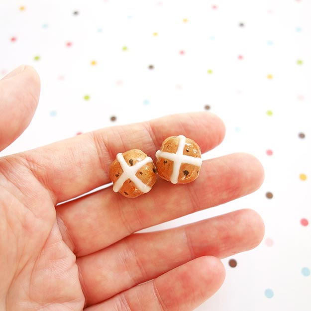DIY Jewelry Ideas - DIY Scented Hot Cross Bun Earrings Tutorial - Fun Earrings to Make - How to Make Your Own Jewelry - Jewelry Making Ideas for Beginners - Handmade Craft Ideas to Sell with Step by Step Instructions- Easy Teen Crafts #teencrafts #diyideas #diyjewelry