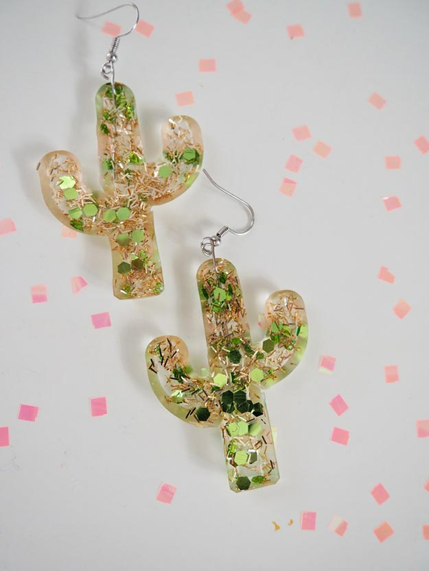 DIY Jewelry Ideas - DIY Resin Cactus Earrings Tutorial - How to Make Resin Earrings, Earrings out of Resin - How to Make Your Own Jewelry - Jewelry Making Ideas for Beginners - Handmade Craft Ideas to Sell with Step by Step Instructions  - Easy Teen Crafts #teencrafts #diyideas #diyjewelry