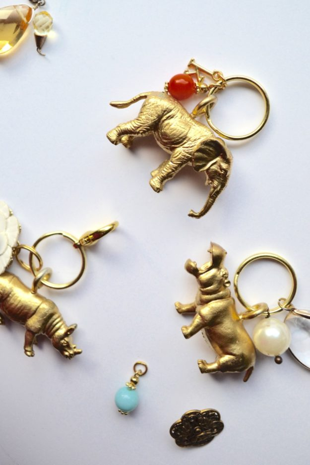 Cheap Crafts - DIY Animal Kingdom Key Chain DIY - How to Make a Keychain - Cheap Keychain DIY - Inexpensive Craft Project Ideas for Teenagers, Teens and Adults - Easy DIY Ideas To Make On A Budget - Cool Dollar Store Crafts and Things You Can Make For Free - Homemade Wall Art and Room Decor, Gifts and Presents, Tutorials and Step by Step Instructions #teencrafts #cheapcrafts #diyideas