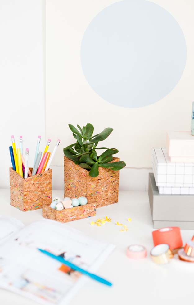 Cheap Crafts - DIY Office Organizer Tutorial - How to Make an Office Organizer - Inexpensive Craft Project Ideas for Teenagers, Teens and Adults - Easy DIY Ideas To Make On A Budget - Cool Dollar Store Crafts and Things You Can Make For Free - Homemade Wall Art and Room Decor, Gifts and Presents, Tutorials and Step by Step Instructions #teencrafts #cheapcrafts #diyideas