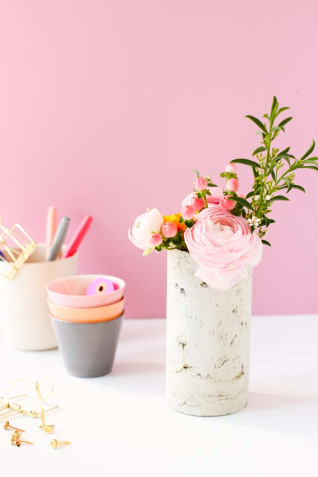 Cheap Crafts - DIY Concrete Vase Made With Mailing Tube Tutorial - How to Make a Concrete Vase With A Mailing Tube - Inexpensive Craft Project Ideas for Teenagers, Teens and Adults - Easy DIY Ideas To Make On A Budget - Cool Dollar Store Crafts and Things You Can Make For Free - Homemade Wall Art and Room Decor, Gifts and Presents, Tutorials and Step by Step Instructions #teencrafts #cheapcrafts #diyideas