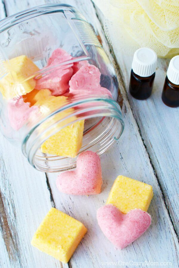 DIY Bath Bomb Tutorials - How to Make MIni Bath Bombs - Quick Bath Bomb Recipe With Step by Step Tutorial - How to Make Bath Bombs - Easy Teen Crafts - DIY Bath Bombs For Kids - Bath Bomb Recipe Without Citric Acid, Cornstarch #craftideas #bathbombs