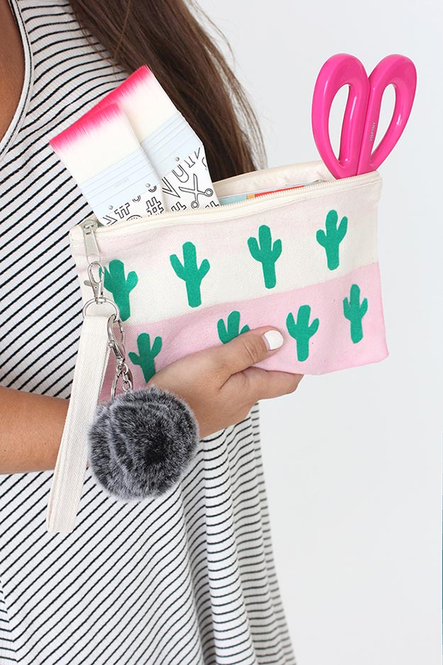 Cheap DIY Gifts to Make For Friends - DIY Canvas Cactus Bag Tutorial - BFF Gift Ideas for Birthday, Christmas - Last Minute Gifts for Friends - Cool Crafts For Teens and Girls #teencrafts #diyideas #giftideas