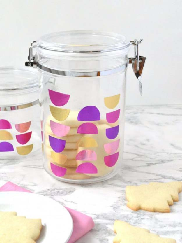 Jar Gift Ideas - How to Make Cute Cookie Jars - Food, Cookie, Birthday Gifts in A Jar Ideas - Easy and Quick Last Minute Gift Ideas for Hostess - Simple Gift ideas to Make for A Teenager - Gifts in A Jar Recipes - Easy Teen Crafts - Mason Jar Gifts For Friends