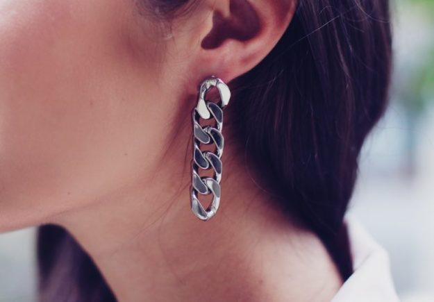 DIY Jewelry Ideas - DIY Chain Earrings Tutorial - How to Make Chain Earrings - How to Make Your Own Jewelry - Jewelry Making Ideas for Beginners - Handmade Craft Ideas to Sell with Step by Step Instructions  - Easy Teen Crafts #teencrafts #diyideas #diyjewelry