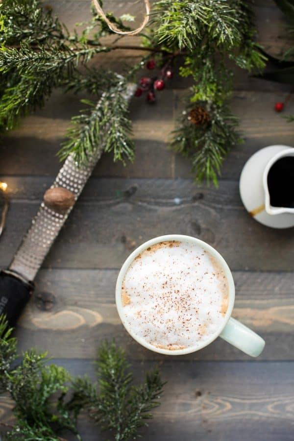 DIY Starbucks Drinks - Starbucks Gingerbread Latte Recipe - How to Make A Starbucks Gingerbread Latte - How to Make Starbucks Drinks at Home - Recipes To Make At Home From Starbucks Menu, Starbucks Recipes - How To Make The Best Latte, Coffee, Copycat Frappuccino - Healthy Versions Of Starbucks Drinks - Iced Beverages, Refreshers, How To Make Hot Coffee Like Starbucks - Unicorn Frappuccinos, Mocha, Caramel Macchiato, White Chocolate Frappe #teencrafts #diyideas #diystarbucksdrinks
