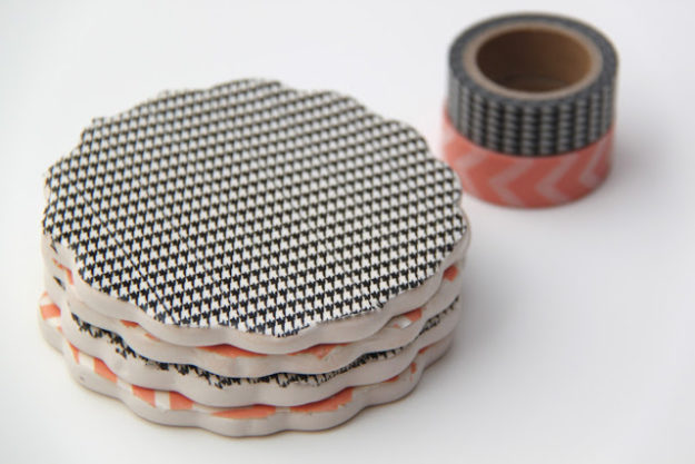 Washi Tape Crafts - DIY Washi Tape Coaster Tutorial - How to Make Washi Tape Coasters - Simple, Easy DIY Ideas To Make With Washi Tape - Organizers, Cute Gifts, Cheap Wall Art, Fun and Quick Things To Make For Friends - Cute Ideas for Teens, Adults, Kids and Tweens to Make at Home #teencrafts #diyideas #washitapecrafts